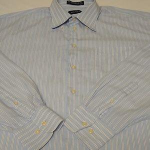 Men's casual button down shirt, long sleeve.